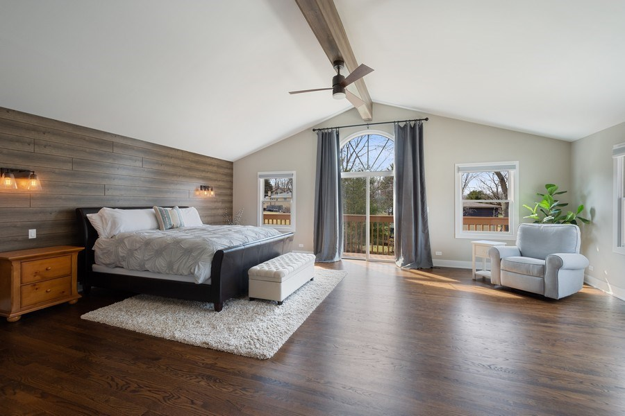 Real Estate Photography - 1202 Prairie Ave, Barrington, IL, 60010 - Master Bedroom
