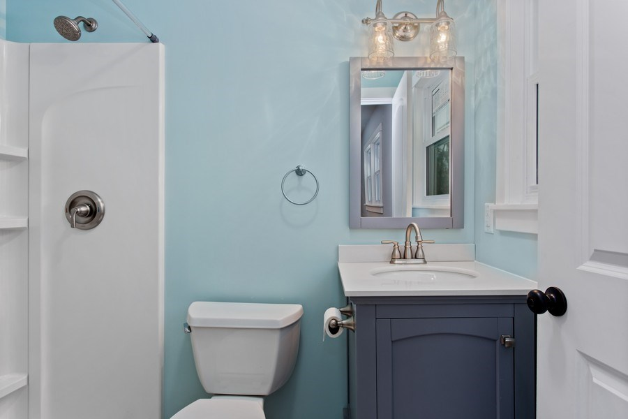 Real Estate Photography - 12257 Linden Ave, Sawyer, MI, 49125 - Master Bathroom