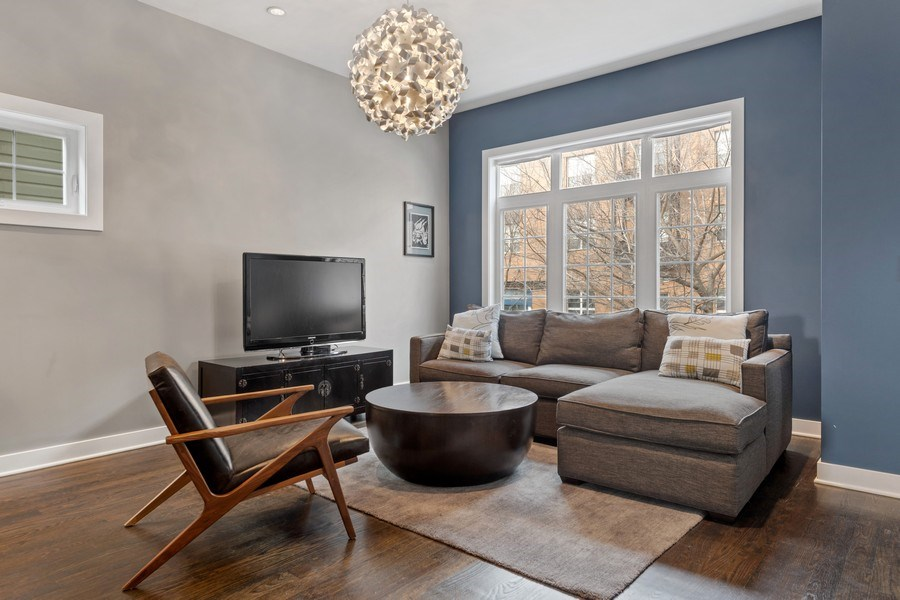 Real Estate Photography - 2917 N Hoyne, Chicago, IL, 60618 - Living Room