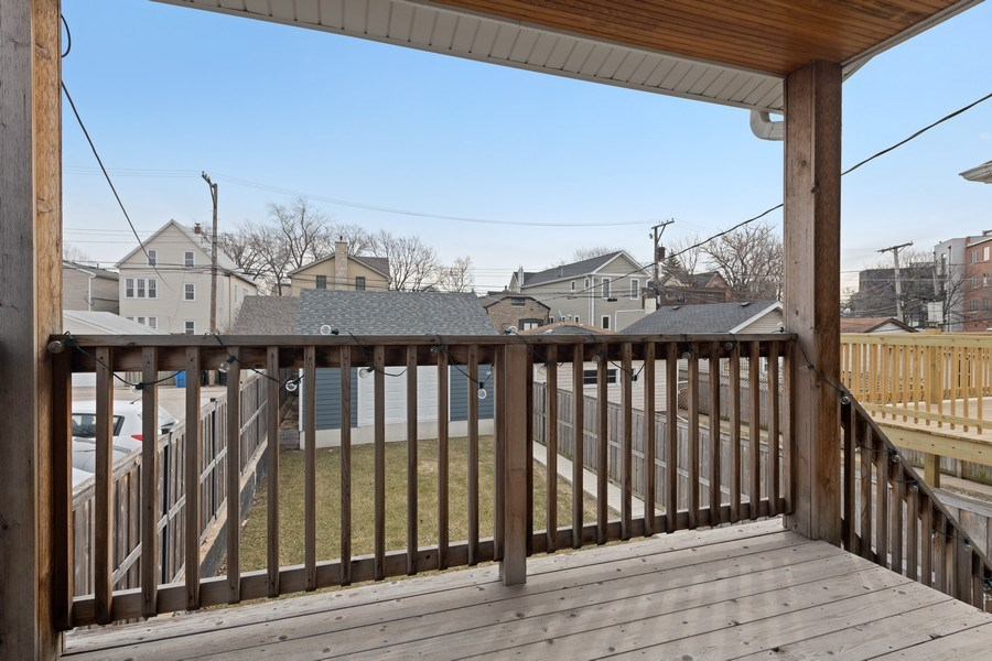 Real Estate Photography - 2917 N Hoyne, Chicago, IL, 60618 - Deck