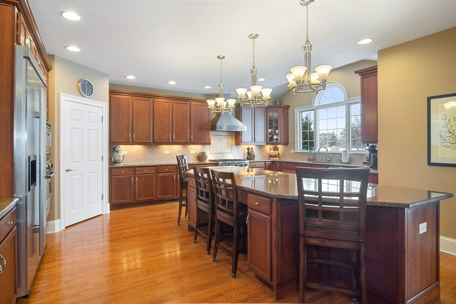 Real Estate Photography - 23 Briar Creek Dr., Hawthorn Woods, IL, 60047 - Kitchen