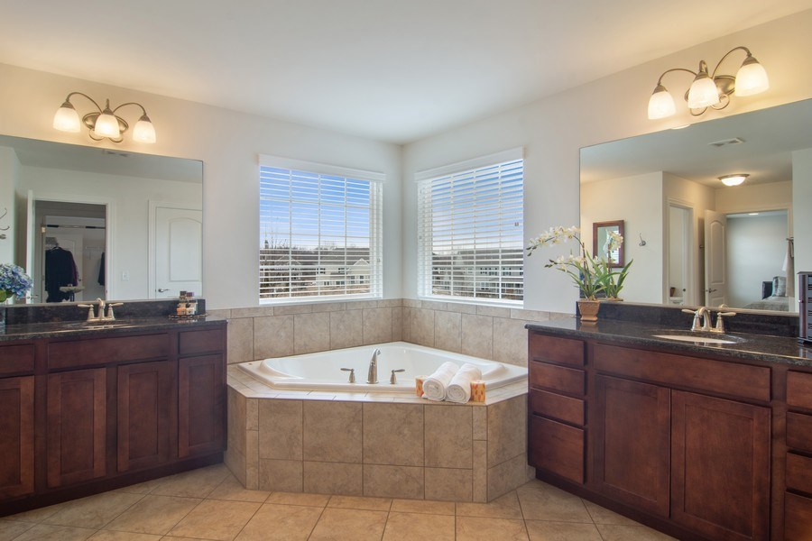 Real Estate Photography - 23610 N Sanctuary Club Dr., Kildeer, IL, 60047 - Master Bathroom