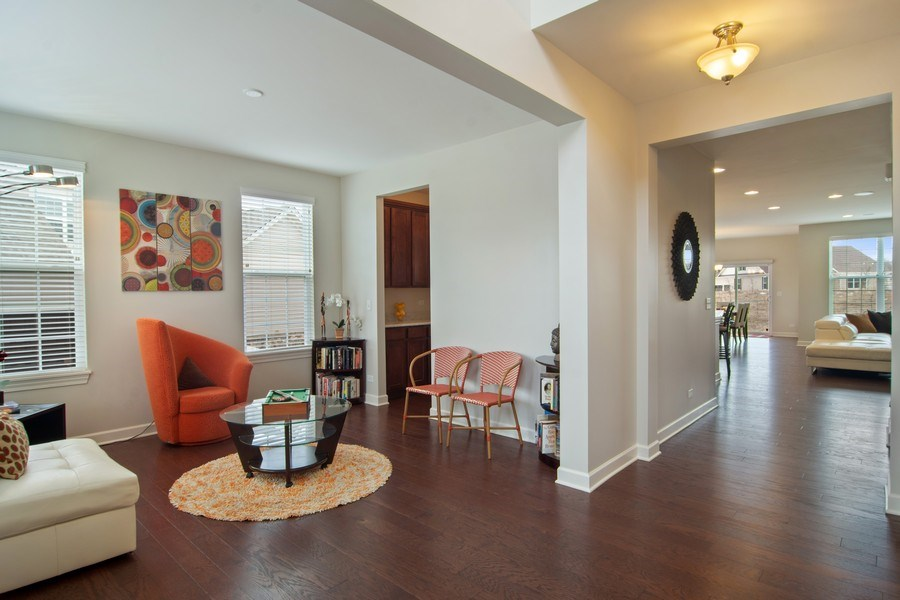 Real Estate Photography - 23610 N Sanctuary Club Dr., Kildeer, IL, 60047 - Foyer/Living Room