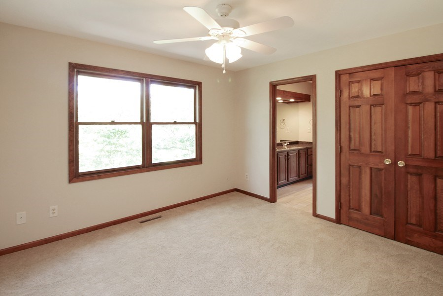 Real Estate Photography - 31649 Rein Court, Libertyville, IL, 60048 - 2nd Bedroom