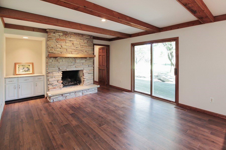 Real Estate Photography - 31649 Rein Court, Libertyville, IL, 60048 - Great Room