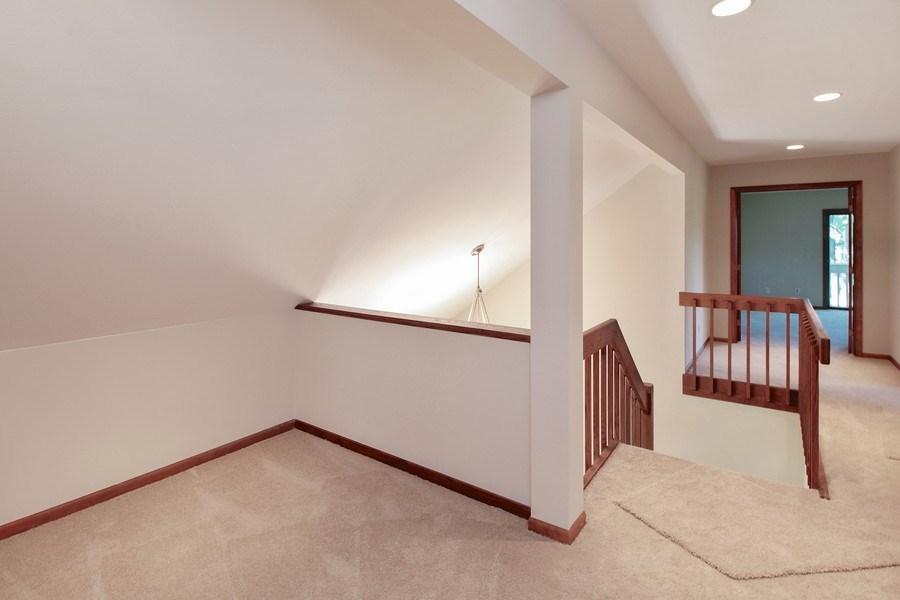 Real Estate Photography - 31649 Rein Court, Libertyville, IL, 60048 - Loft