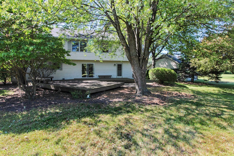 Real Estate Photography - 31649 Rein Court, Libertyville, IL, 60048 - Rear View