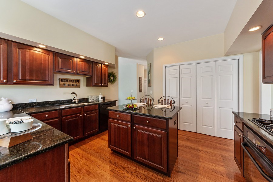 Real Estate Photography - 711 N Arlington Heights Rd., Arlington Heights, IL, 60004 - Kitchen