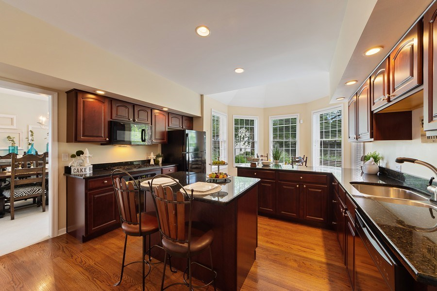Real Estate Photography - 711 N Arlington Heights Rd., Arlington Heights, IL, 60004 - Kitchen / Breakfast Room
