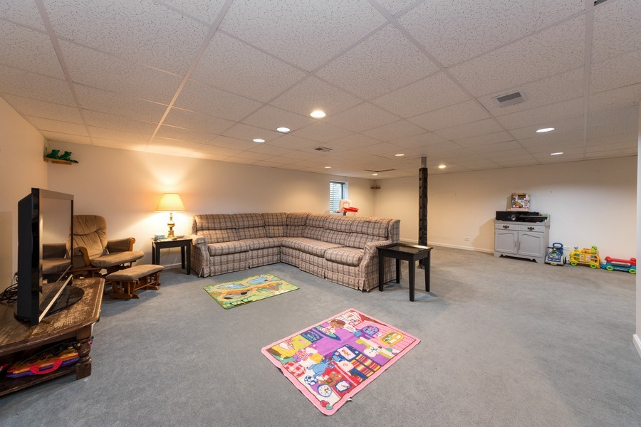 Real Estate Photography - 711 N Arlington Heights Rd., Arlington Heights, IL, 60004 - Basement