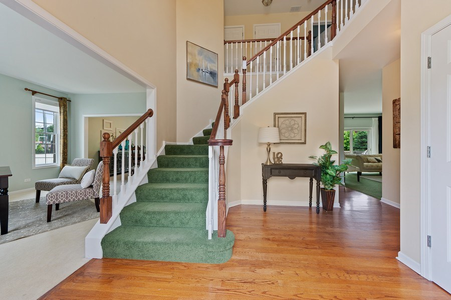 Real Estate Photography - 711 N Arlington Heights Rd., Arlington Heights, IL, 60004 - Foyer
