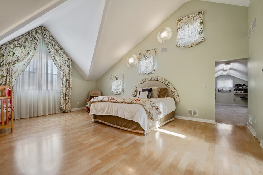 Real Estate Photography - 3508 Countryside Ln, Glenview, IL, 60025 - Master Bedroom