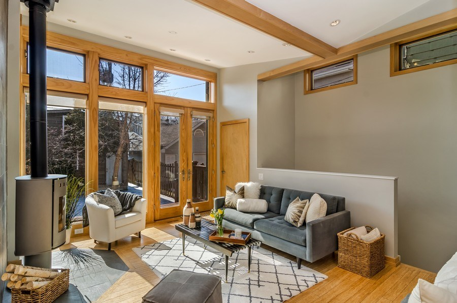 Real Estate Photography - 2129 W. Bradley, Chicago, IL, 60618 - Family Room