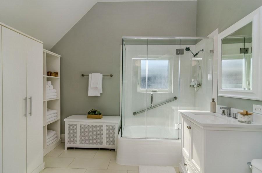 Real Estate Photography - 2129 W. Bradley, Chicago, IL, 60618 - Bathroom
