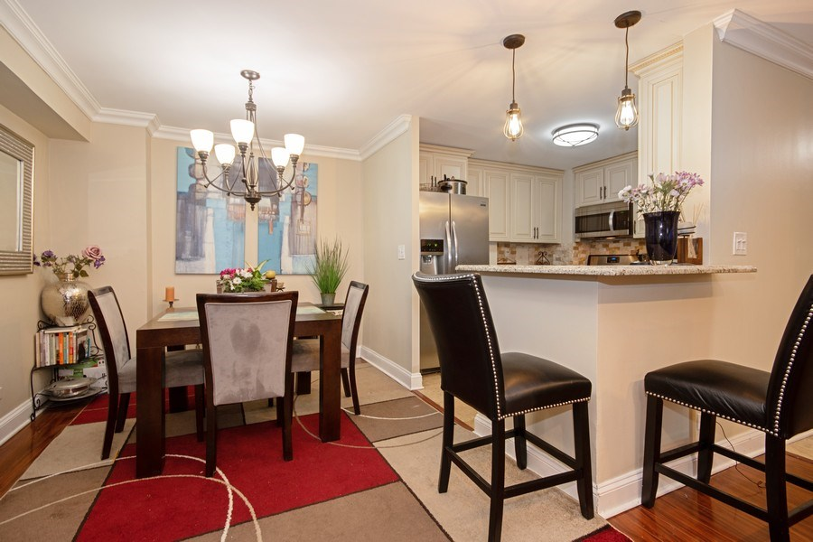 Real Estate Photography - 2201 S. Highland Ave. #3G, Lombard, IL, 60148 - Kitchen / Dining Room