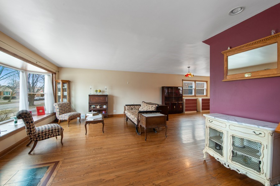 Real Estate Photography - 10104 S Washtenaw, Chicago, IL, 60655 - Living Room