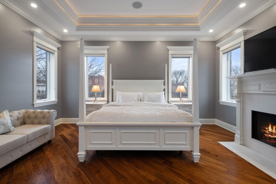 Real Estate Photography - 2153 W Cornelia Ave, Chicago, IL, 60618 - Master Bedroom