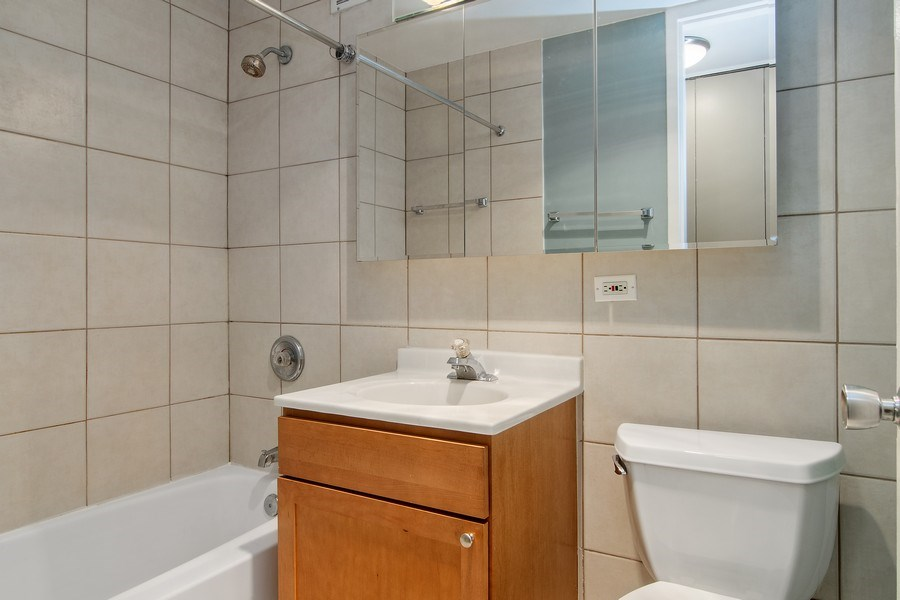 Real Estate Photography - 655 W Irving Park Rd, Unit 910, Chicago, IL, 60613 - Master Bathroom