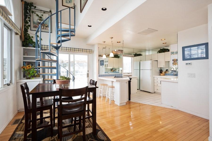 Real Estate Photography - 44 Landings Blvd, New Buffalo, MI, 49117 - Kitchen / Dining Room