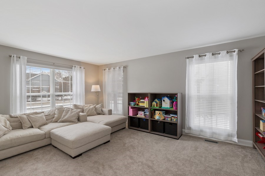 Real Estate Photography - 291 Galway, Grayslake, IL, 60030 - Living Room