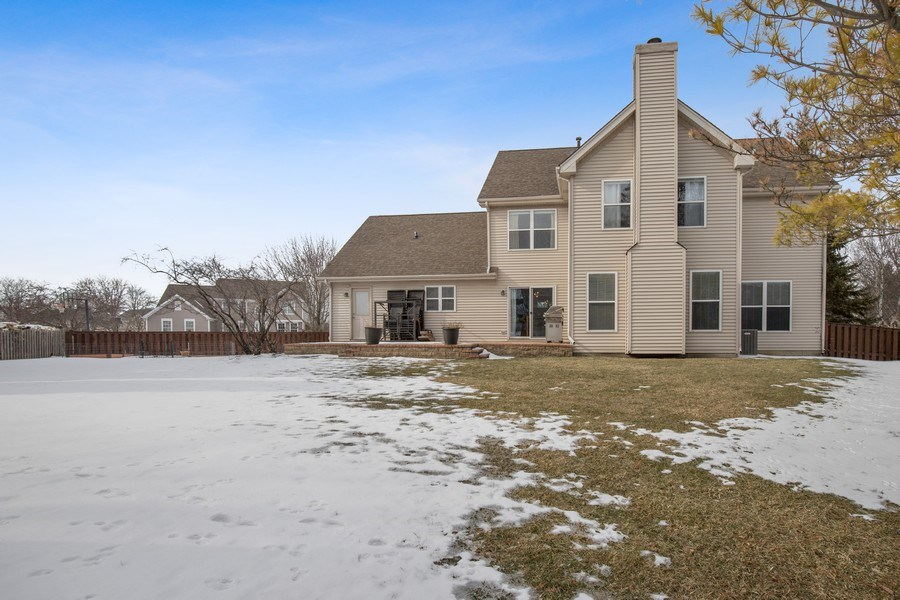 Real Estate Photography - 291 Galway, Grayslake, IL, 60030 - Rear View