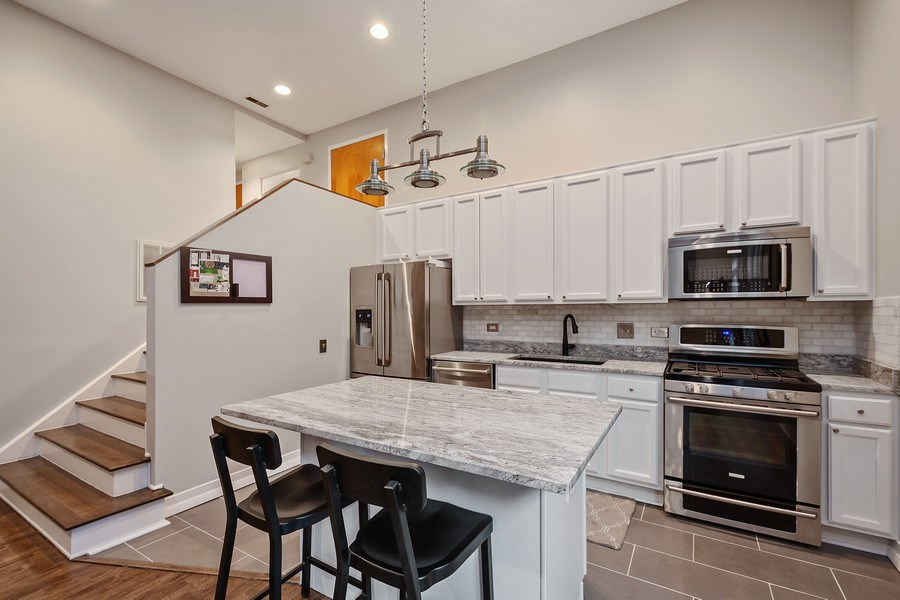 Real Estate Photography - 1222 N Wolcott, Unit 1S, Chicago, IL, 60622 - Kitchen