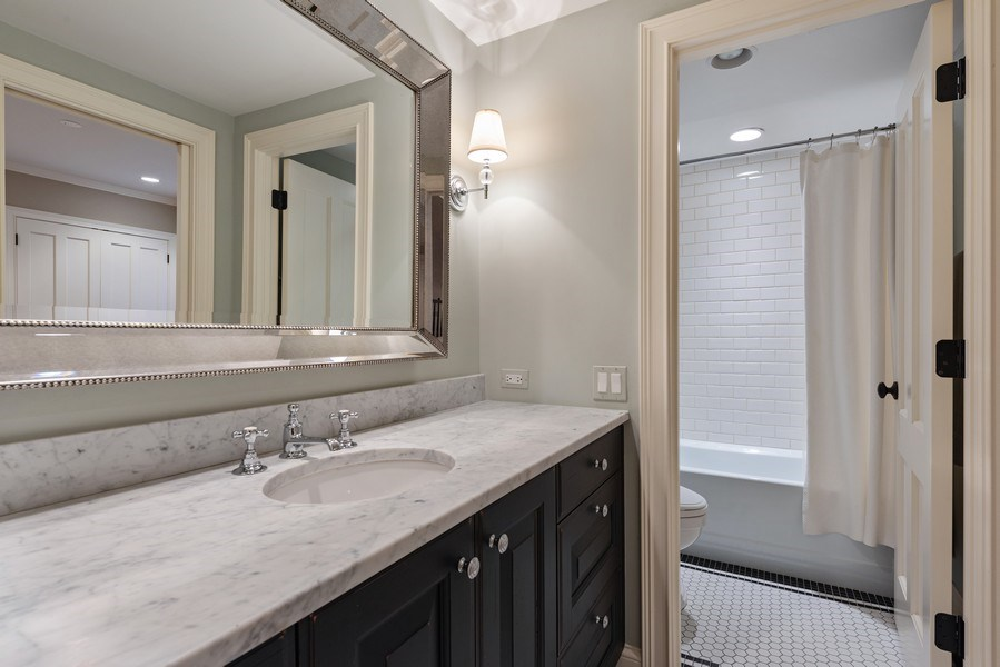 Real Estate Photography - 463 Provident Ave, Winnetka, IL, 60093 - 4th Bathroom