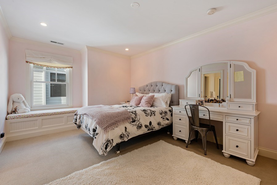 Real Estate Photography - 463 Provident Ave, Winnetka, IL, 60093 - 2nd Bedroom