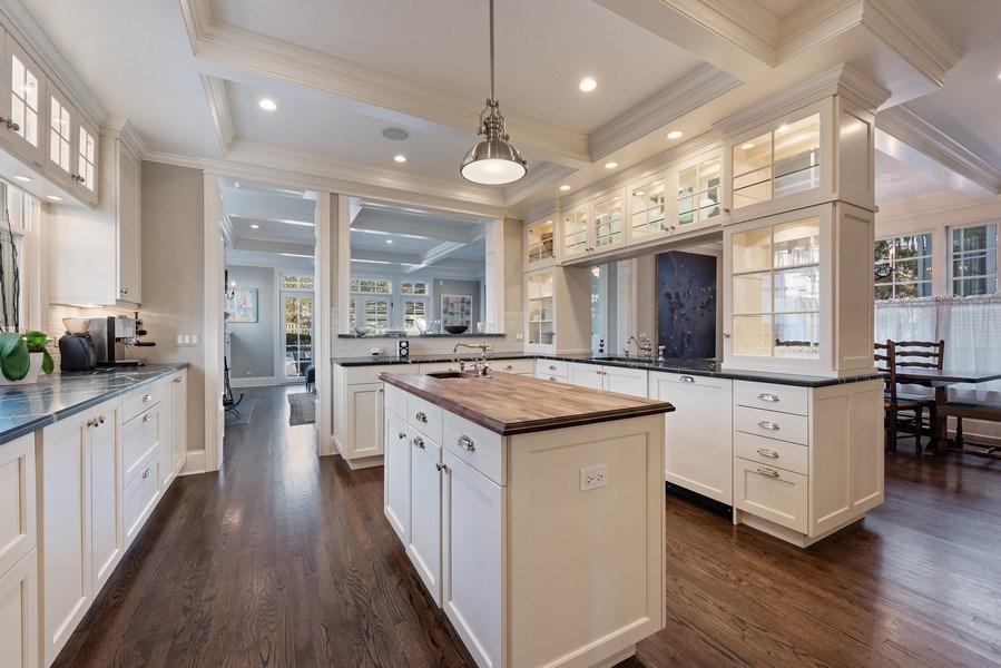 Real Estate Photography - 463 Provident Ave, Winnetka, IL, 60093 - Kitchen