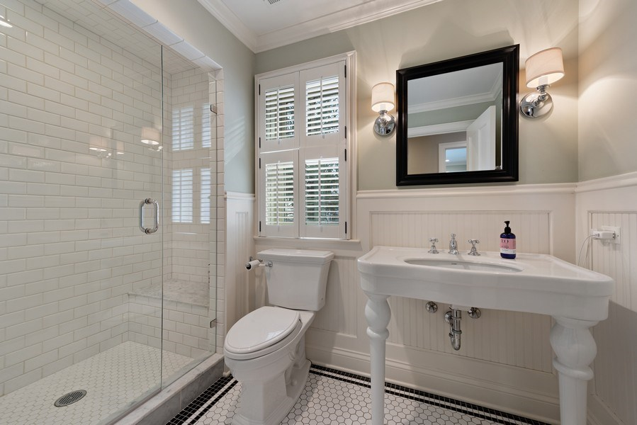 Real Estate Photography - 463 Provident Ave, Winnetka, IL, 60093 - 2nd Bathroom