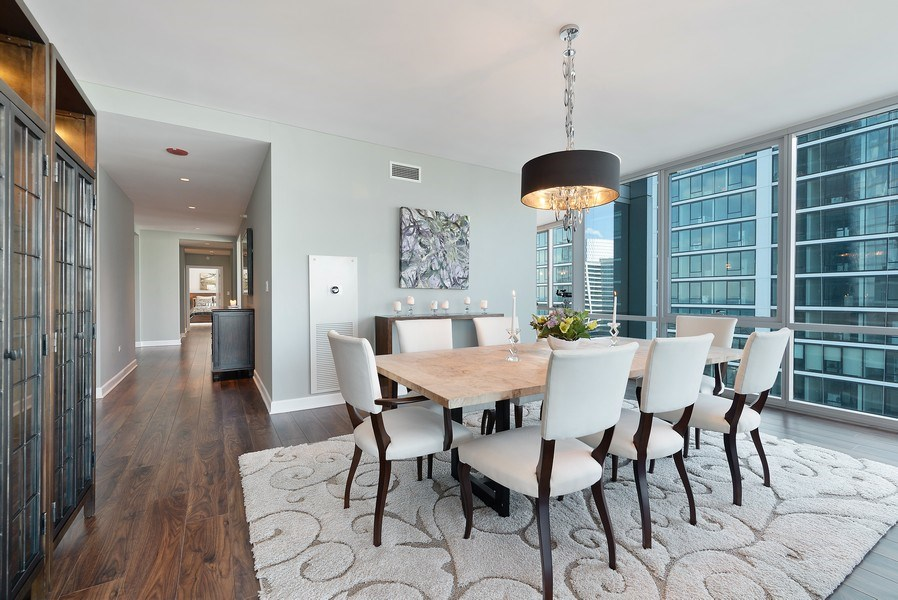 Real Estate Photography - 1201 S Prairie, 3101, Chicago, IL, 60605 - Dining Room