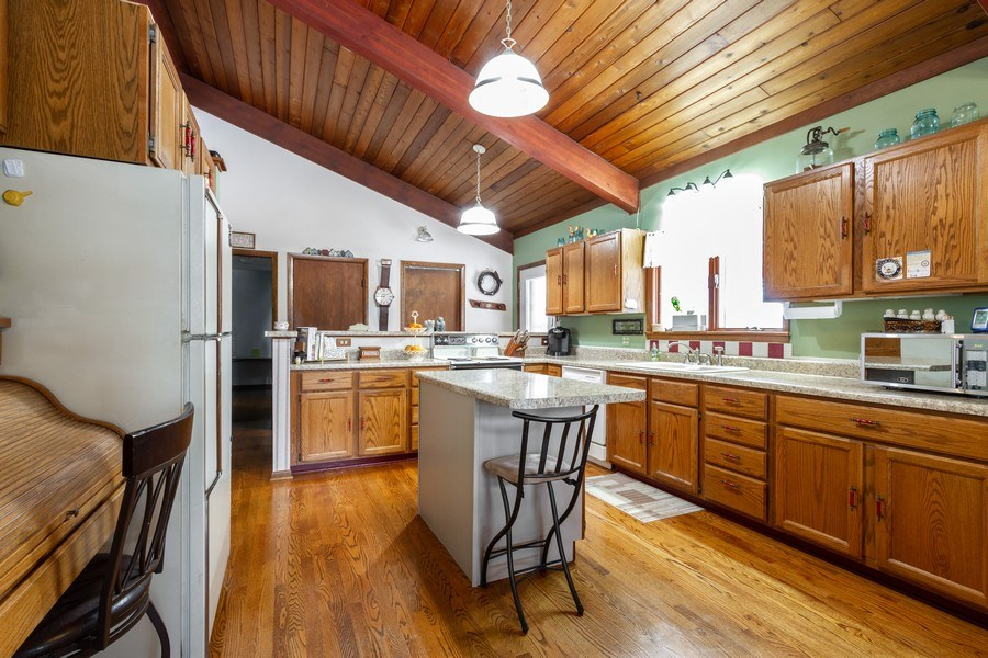 Real Estate Photography - 3106 N Richmond Road, Johnsburg, IL, 60051 - Kitchen