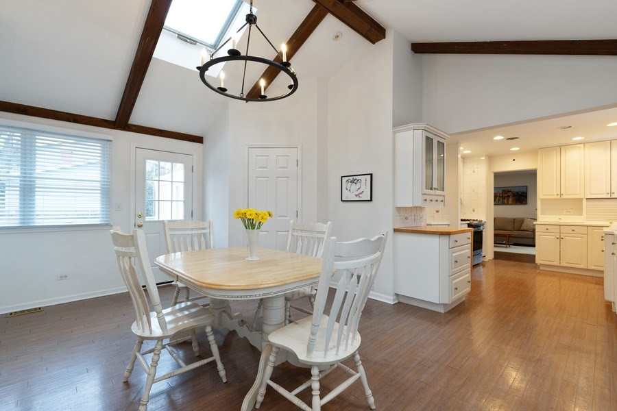 Real Estate Photography - 600 Garfield Ave, Lake Bluff, IL, 60044 - Dining room