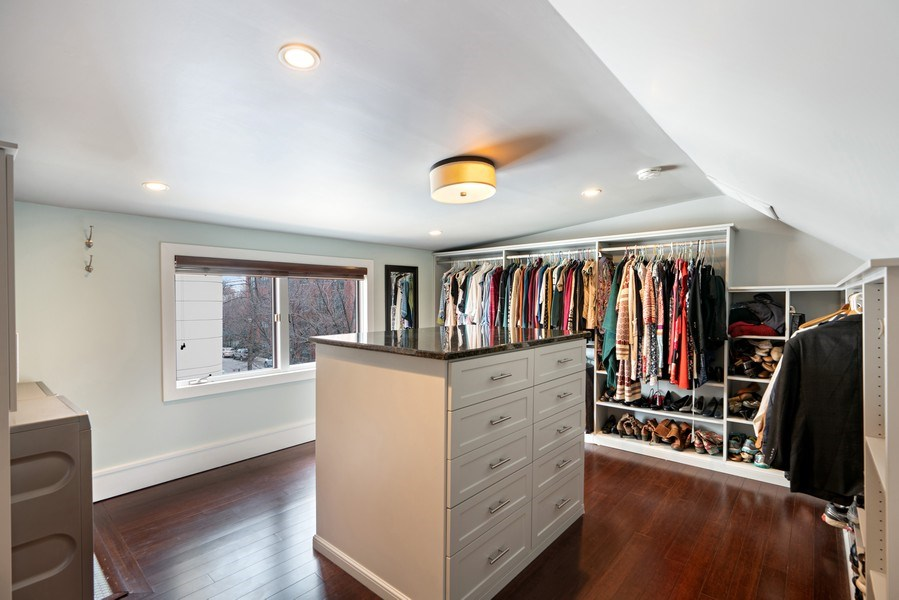 Real Estate Photography - 1720 N Paulina, Chicago, IL, 60622 - Master Bedroom Closet
