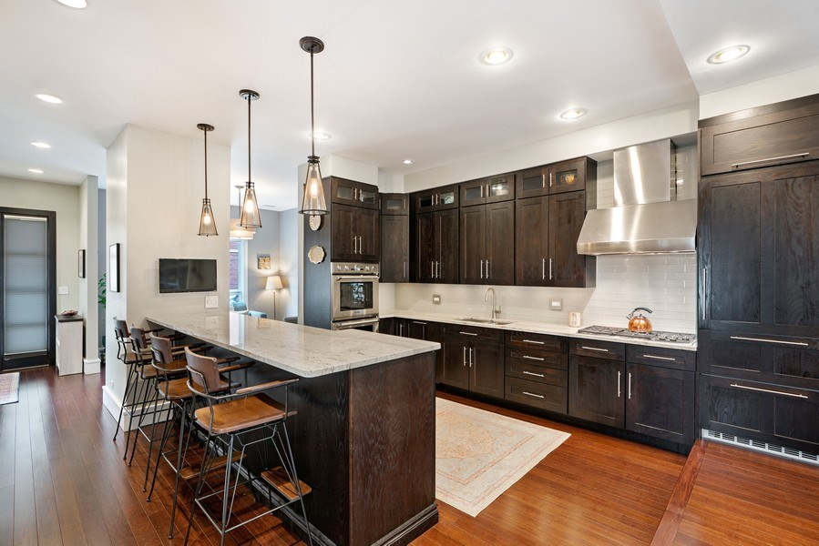 Real Estate Photography - 1720 N Paulina, Chicago, IL, 60622 - Kitchen