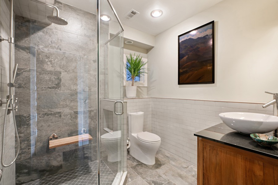 Real Estate Photography - 1720 N Paulina, Chicago, IL, 60622 - 2nd Bathroom
