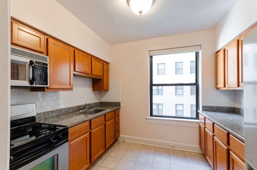 Real Estate Photography - 1755 E. 55th St., #606, Chicago, IL, 60615 - Kitchen