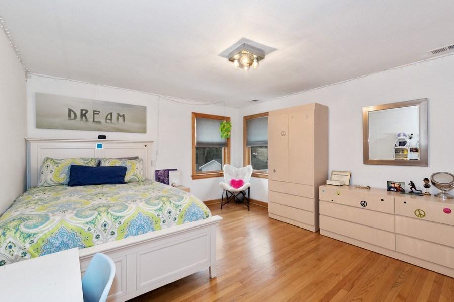 Real Estate Photography - 1238 Glencoe Avenue, Highland Park, IL, 60035 - Bedroom 2