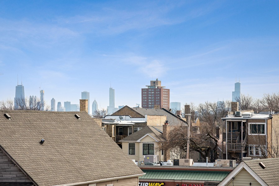 Real Estate Photography - 4420 N. Clark, #305, Chicago, IL, 60640 - View