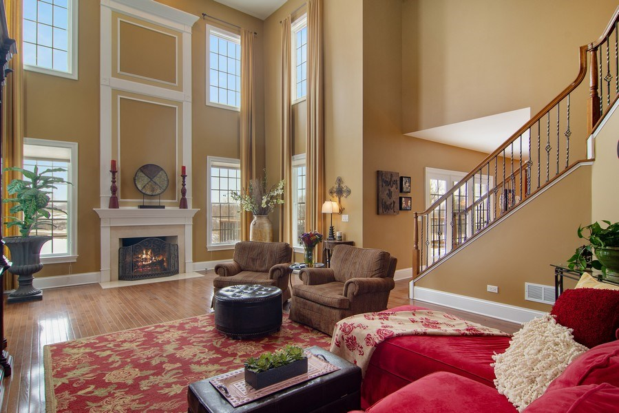 Real Estate Photography - 20 Doral Drive, Hawthorn Woods, IL, 60047 - Family Room