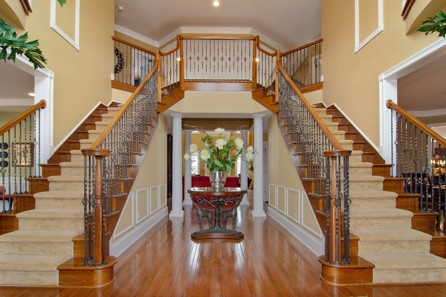 Real Estate Photography - 20 Doral Drive, Hawthorn Woods, IL, 60047 - Foyer