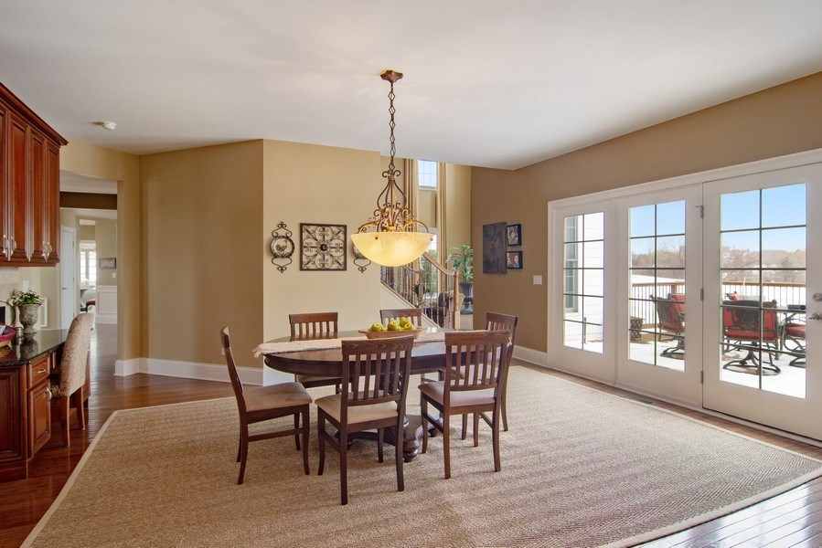 Real Estate Photography - 20 Doral Drive, Hawthorn Woods, IL, 60047 - Breakfast Nook