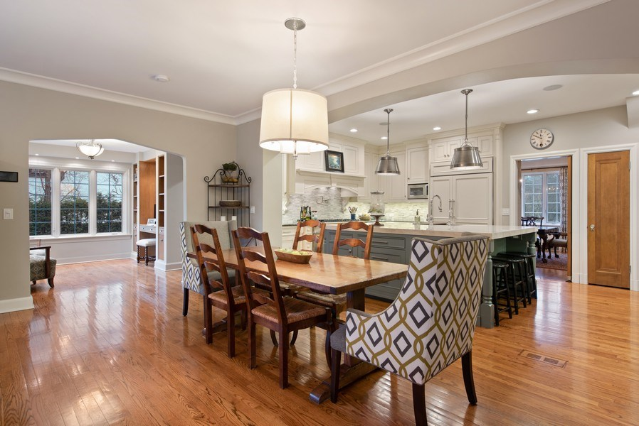 Real Estate Photography - 1200 Spruce, Winnetka, IL, 60093 - Kitchen / Breakfast Room