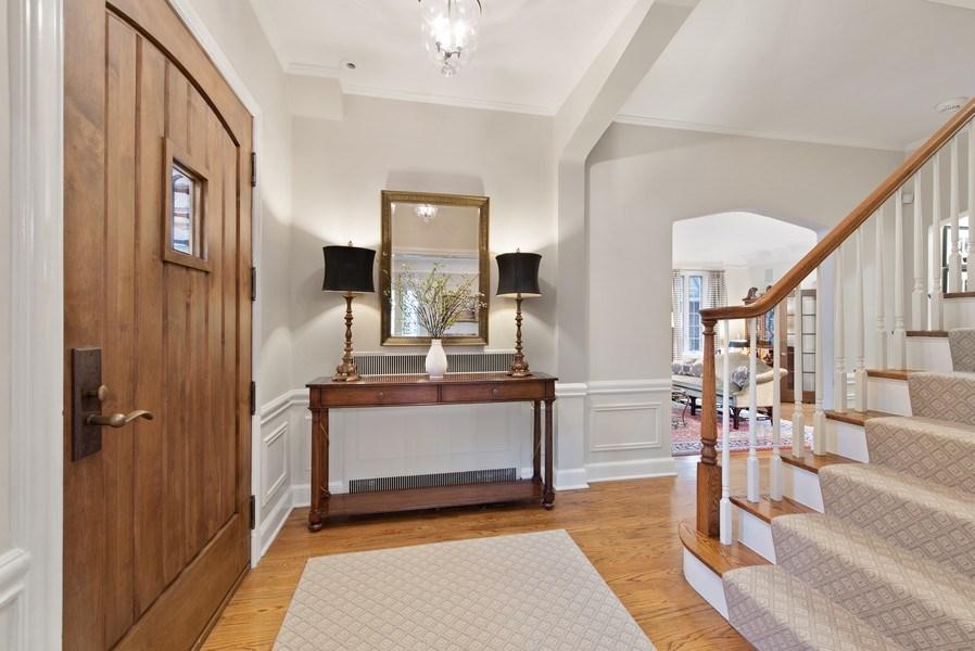 Real Estate Photography - 1200 Spruce, Winnetka, IL, 60093 - Foyer