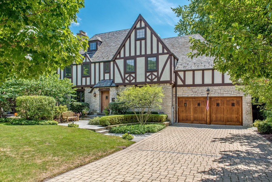 Real Estate Photography - 1200 Spruce, Winnetka, IL, 60093 - Front view summer
