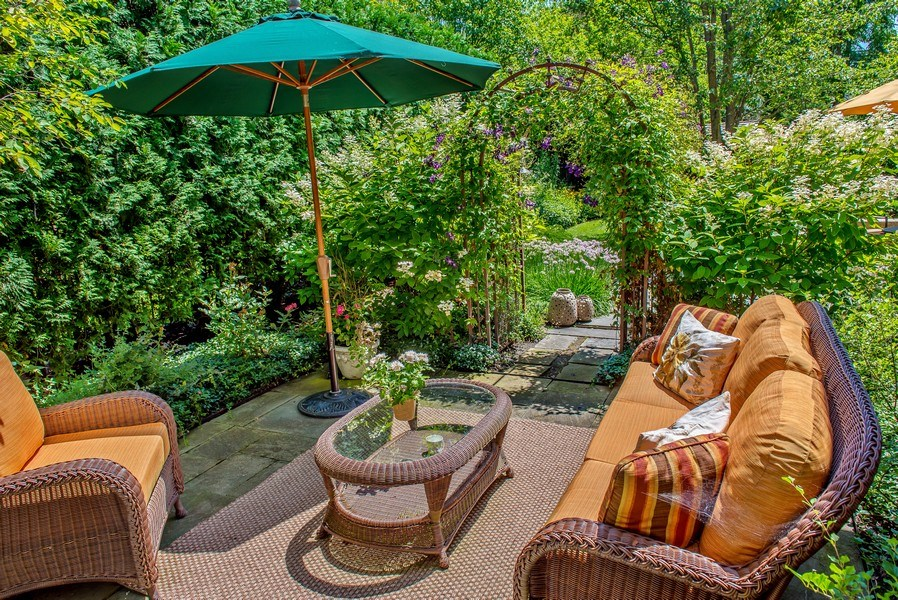 Real Estate Photography - 1200 Spruce, Winnetka, IL, 60093 - Patio in summer