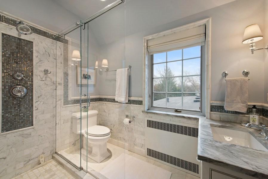 Real Estate Photography - 1200 Spruce, Winnetka, IL, 60093 - 2nd Bathroom