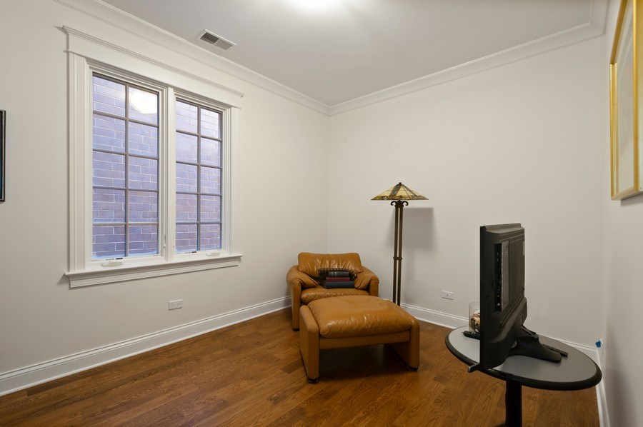 Real Estate Photography - 2309 N. Janssen Ave., Chicago, IL, 60614 - 3rd Bedroom