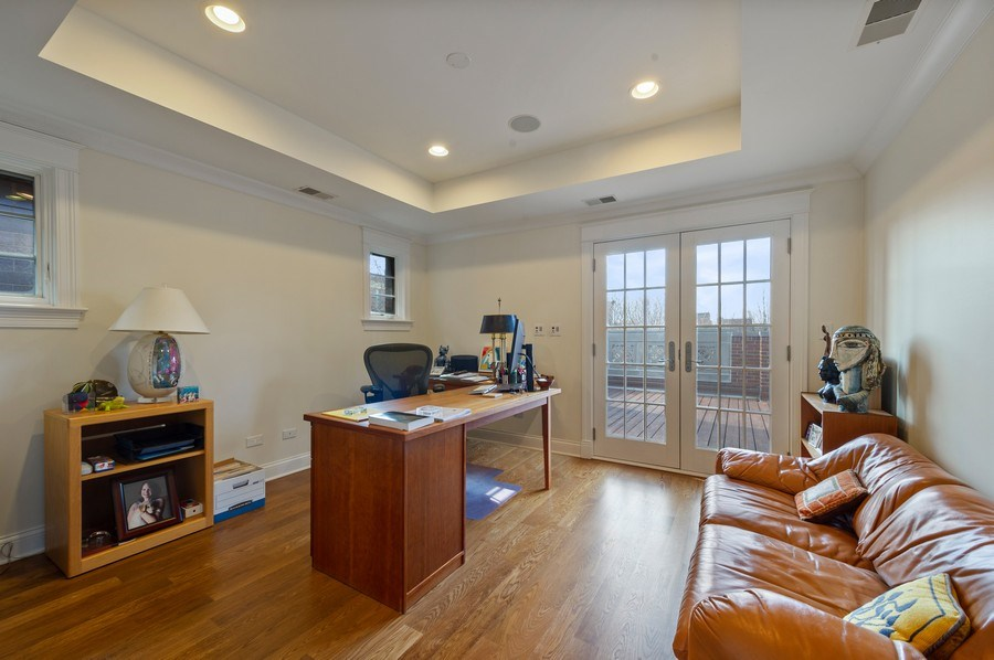 Real Estate Photography - 2309 N. Janssen Ave., Chicago, IL, 60614 - 6th Bedroom Ensuite with roof deck access