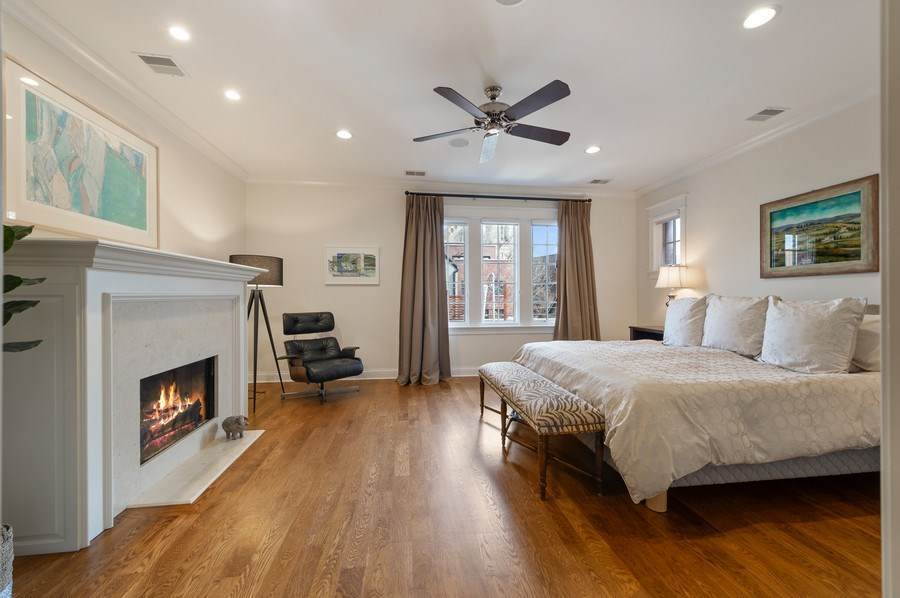 Real Estate Photography - 2309 N. Janssen Ave., Chicago, IL, 60614 - Master Bedroom